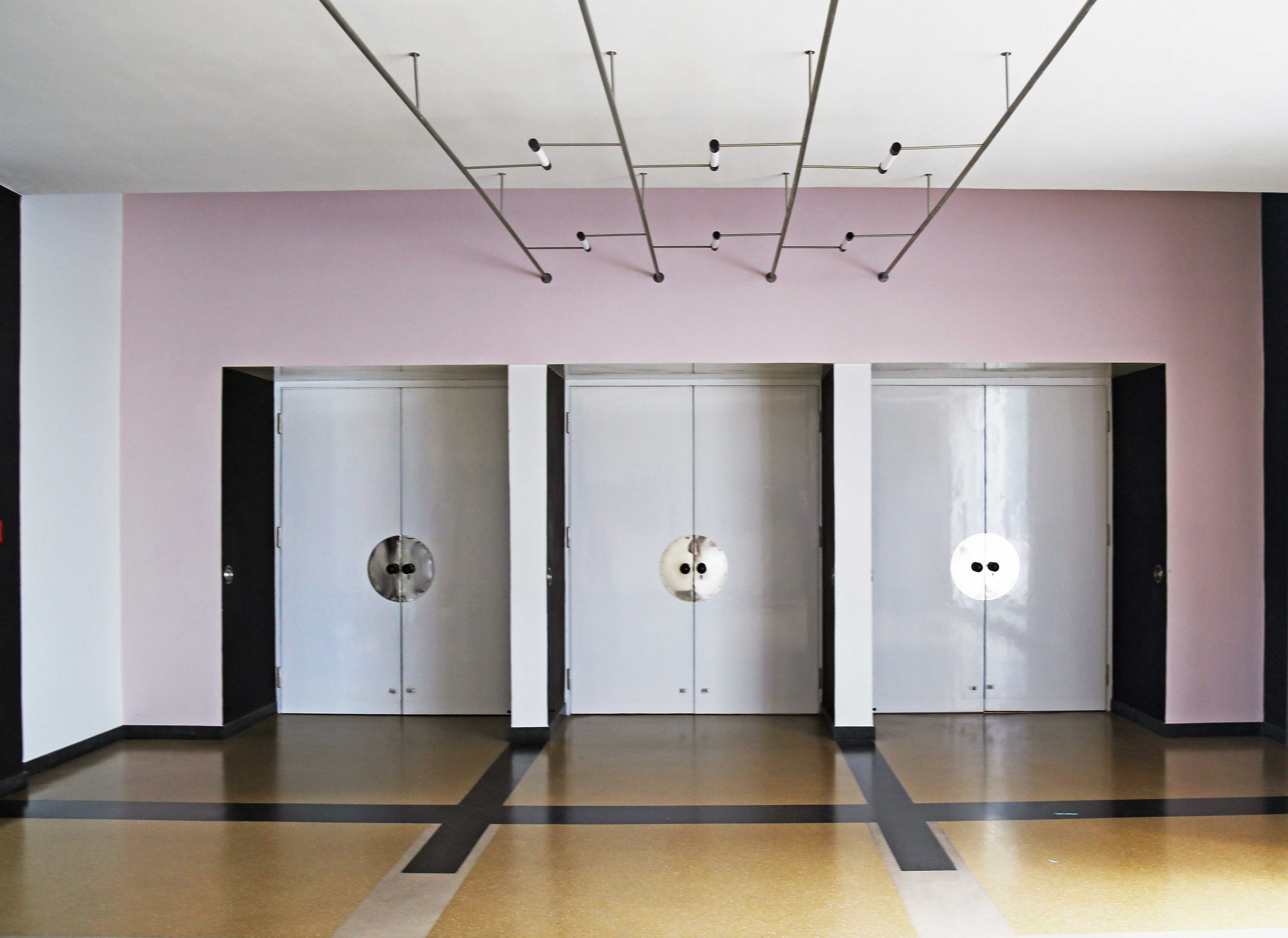 the significance of bauhaus in architecture and interior design essay